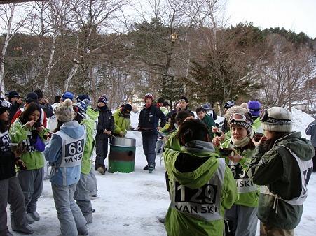 110217 スキー実習 (12)