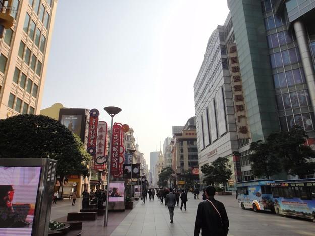 朝の南京東路1(上海)