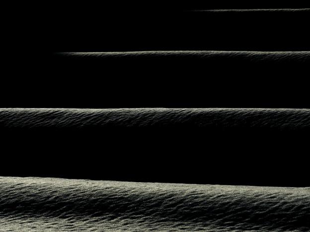 陽光射す:棚田の雪景