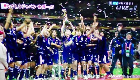 なでしこジャパン金メダル、勝利の歓喜!