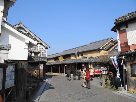 日田市豆田町:重要文化財草野本家と町並み