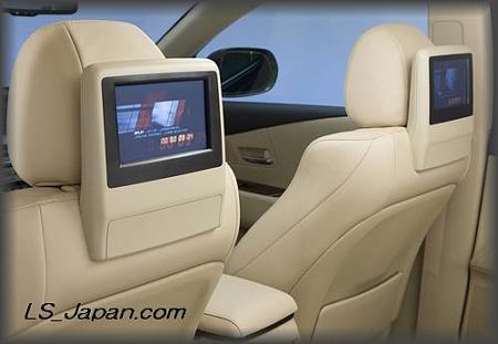 LEXUS_RX350&RX450h-rear_TV_monitor_display