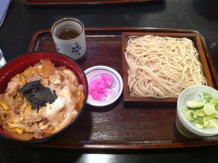 3/19 夕食 そば処 楓漣 親子丼セット