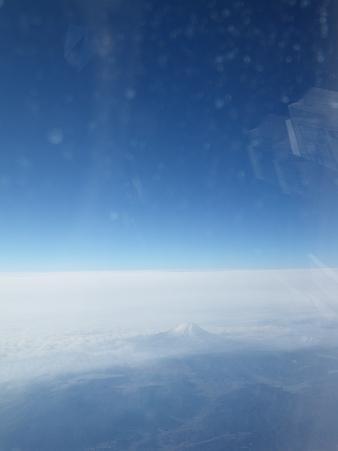 窓から望む富士