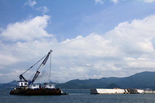 Photos: 作業台船01-12.07.10