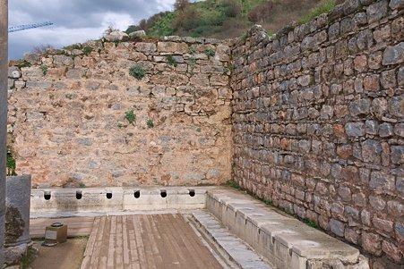 2011.01.23 トルコ 古代都市エフェス トイレ