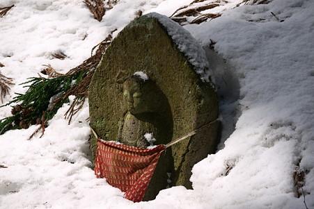 2011.03.09 山寺 石仏-5
