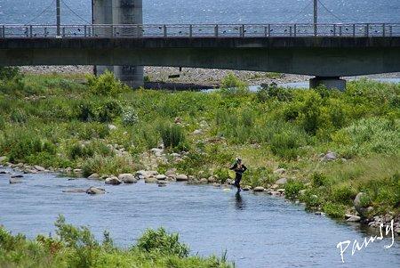 海と川と・・釣り人のいる風景・・