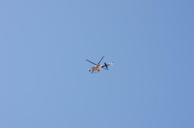 派手なヘリコプター