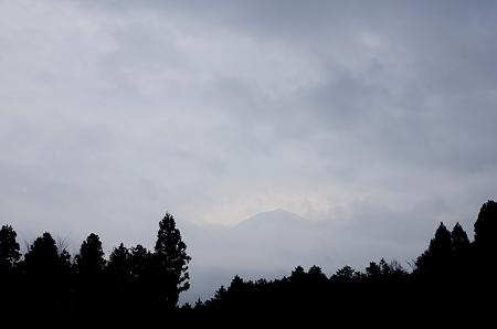 曇天富士山