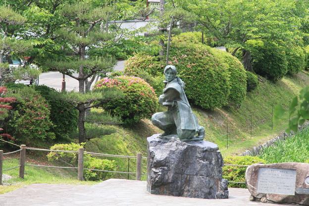 Photos: 110516-126四国中後地方ロングツーリング・佐々木小次郎 像