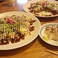 写真: 庄原市に到着。庄原焼きというものを食しました。広島風お好み焼きの...