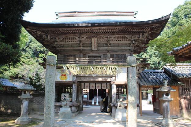 桜井神社楼門