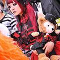 写真: 川崎ハロウィン仮装パレード2011・・目が怖いっす!